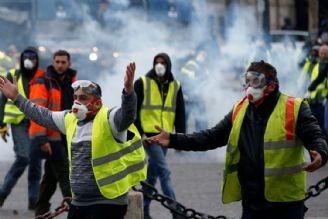 شبح اعتراضات در سبد رای مکرون