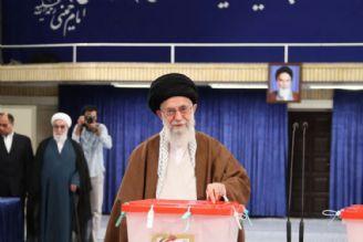 رهبر معظم انقلاب رأی خود را به صندوق انداختند